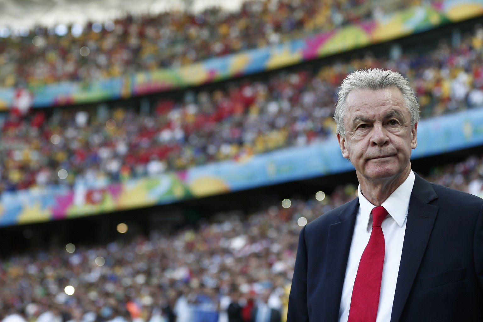 Swiss head coach Ottmar Hitzfeld looks on prior to the group E preliminary round match between Switzerland and France in the Arena Fonte Nova in Salvador, Brazil, Friday, June 20, 2014. (KEYSTONE/Peter Klaunzer)
