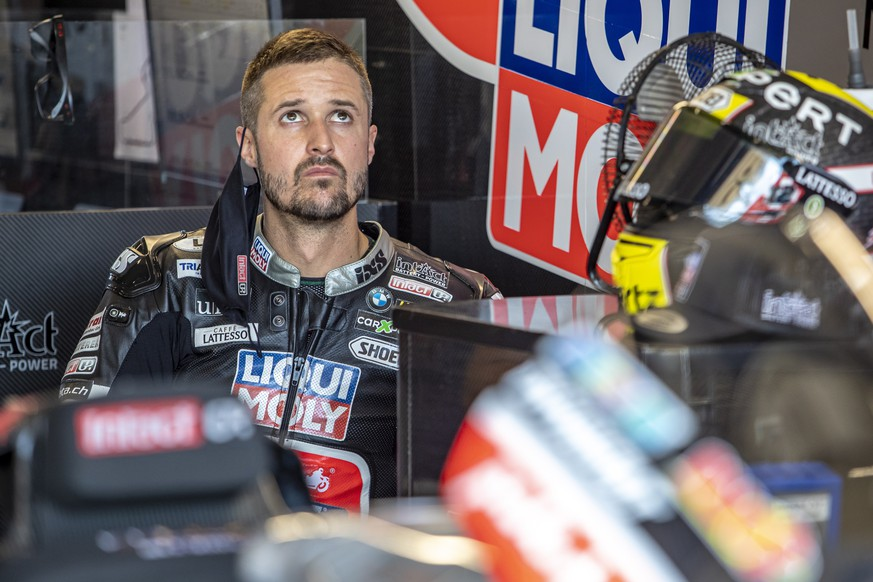 epa08591225 Swiss Moto2 rider Thomas Luethi of Liqui Moly Intact GP team before the free practice of the Motorcycling Grand Prix of the Czech Republic, 08 August 2020. The race will take place on 09 August 2020.  EPA/MARTIN DIVISEK