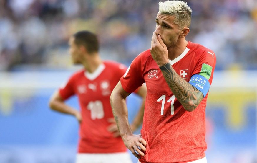 Switzerland's midfielder Valon Behrami reacts during the FIFA World Cup 2018 round of 16 soccer match between Sweden and Switzerland at the Krestovski Stadium, in St. Petersburg, Russia, Tuesday, July 3, 2018. (KEYSTONE/Laurent Gillieron)