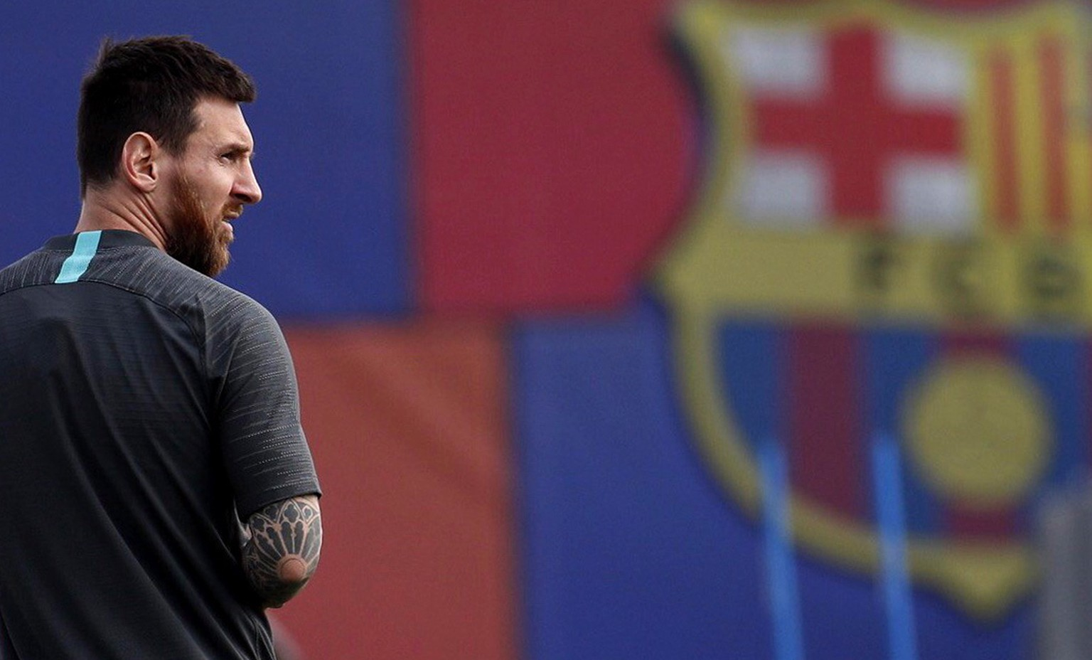 epa08625663 (FILE) - FC Barcelona's Argentine forward Lionel Messi takes part in a training session at the team's Joam Gamper sports city in Barcelona, Spain, 16 September 2019, re-issued 25 August 2020. Messi has sent a certified letter to the club  on 25 August communicating his intentions to leave the club.  EPA/Alejandro Garc