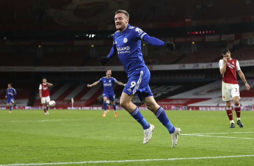 Leicester's Jamie Vardy celebrates after scoring his team's first goal during the English Premier League soccer match between Arsenal and Leicester City at Emirates Stadium in London, England, Sunday, Oct. 25, 2020. (Catherine Ivill/Pool via AP)