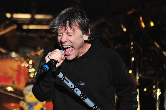 epa05207085 Singer of the British band Iron Maiden, Bruce Dickinson, performs during a concert at the Nacional stadium in Santiago, Chile, on 11 March 2016.  EPA/STRINGER