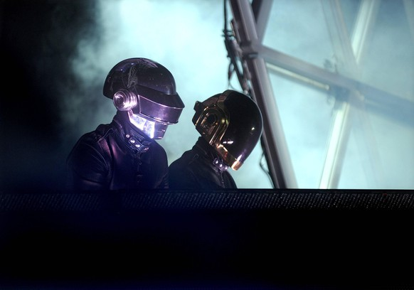 Dec 13, 2007 - Melbourne, Australia - DAFT PUNK at the Myer Music Bowl in Melbourne. PUBLICATIONxINxGERxSUIxAUTxONLY - ZUMAp25_ 20071213_cob_p25_661 Copyright: xMartinxPhilbeyx