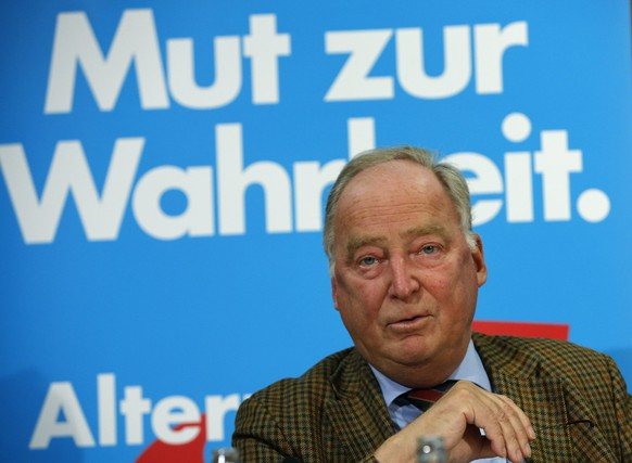 Alexander Gauland, top candidate for the Alternative for Germany (AfD) party in the upcoming Brandenburg state election, addresses a news conference in Berlin September 1, 2014. Chancellor Angela Merkel's conservatives were poised to cling to power in Sunday's election in the east German state of Saxony but new right-leaning rival Alternative for Germany (AfD) made a breakthrough by winning its first seats in a state assembly.      REUTERS/Fabrizio Bensch (GERMANY - Tags: POLITICS ELECTIONS)