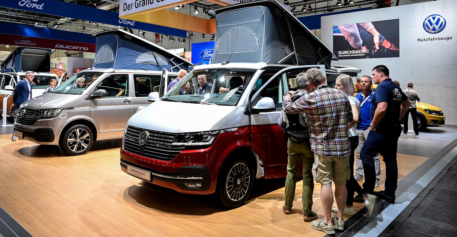 epa07819059 New Volkswagen (VW) ?California Beach? camper models on display at the camping trade fair 'Caravan Salon' in Duesseldorf, Germany, 05 September 2019. The 'Caravan Salon' trade show from 30 August to 08 September 2019 gathers the international caravaning sector for its annual highlight presentation of their latest developments and products.  EPA/SASCHA STEINBACH