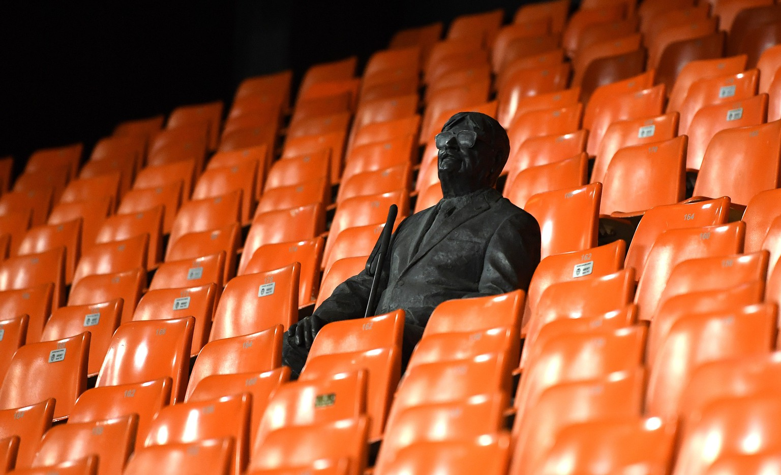 epa08284359 A handout image provided by UEFA shows a statue in the stands representing a former fan ahead of the UEFA Champions League round of 16 second leg match between Valencia CF and Atalanta BC at Estadio Mestalla in Valencia, Spain, 10 March 2020. The match takes place behind closed doors due to the coronavirus (COVID-19) outbreak.  EPA/UEFA / HO **SHUTTERSTOCK OUT** HANDOUT NO SALES/NO ARCHIVES