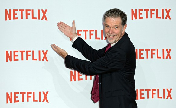 epa05090582 (FILE) A file picture dated 16 September 2014 of Netflix CEO Reed Hastings arrive for the Netflix party in Berlin, Germany. Video streamer Netflix on 06 January 2016 went live around the world, adding 130 new countries to its service and launching what Netflix chief executive Reed Hastings called a 'global internet TV network.' The announcement more than triples the number of countries where Netflix is available, from 60 to 190, including the potentially huge markets of India, Russia and South Korea.  EPA/BRITTA PEDERSEN *** Local Caption *** 51572622