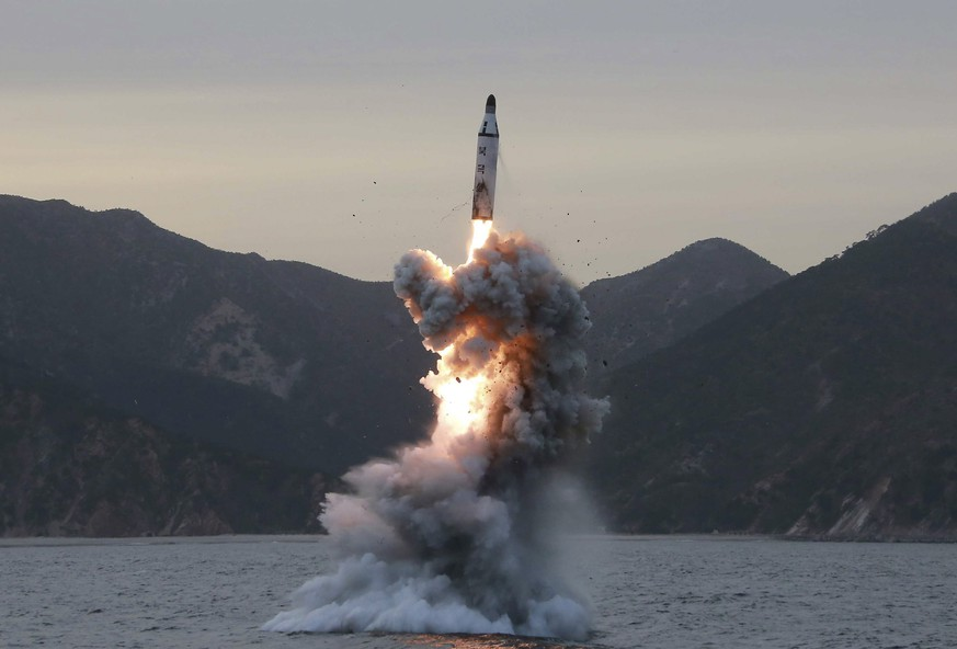 epa05862569 (FILE) - An undated file photo released by the North Korean Central News Agency (KCNA), the state news agency of North Korea, shows an 'underwater test-fire of strategic submarine ballistic missile' conducted at an undisclosed location in North Korea (reissued 22 March 2017). According to media reports quoting a spokesman of the South Korean Defense Ministry, North Korea has test-fired several missiles in a suspected failed test on 22 March. The exact number or type of missiles being fired was not immediately known. US military announced on 21 March that they expected North Korea to perform missile tests in the following days. North Korea is under tough UN sanctions following its recent nuclear and missile tests at a moment of great tension in the Korean peninsula.  EPA/KCNA   EDITORIAL USE ONLY