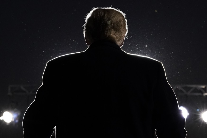 President Donald Trump speaks during a campaign rally at Eugene F. Kranz Toledo Express Airport, Monday, Sept. 21, 2020, in Swanton, Ohio. (AP Photo/Alex Brandon) Donald Trump